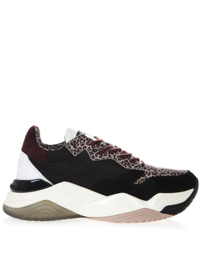 Crime london Mercer Black Suede Sneakers With Animal Details - Black