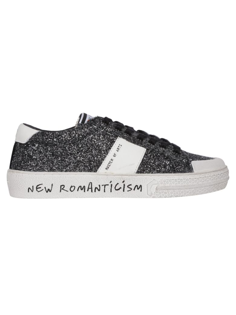 M.O.A. master of arts Logo Patch Sneakers - Grey