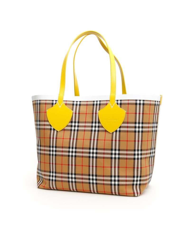 Burberry The Giant Reversible Tote Bag - YELL CHALK WHIT (Yellow)