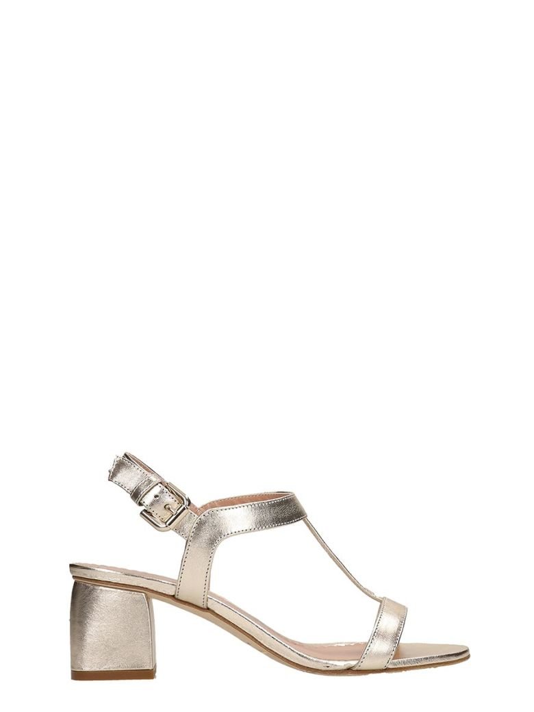 Julie Dee Gold Metal Leather Sandals - Gold
