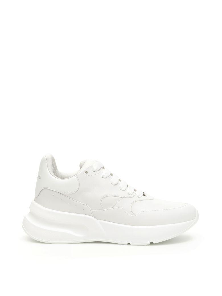 Alexander McQueen Oversize Runner Sneakers - OPTICAL WHITE WHITE (White)