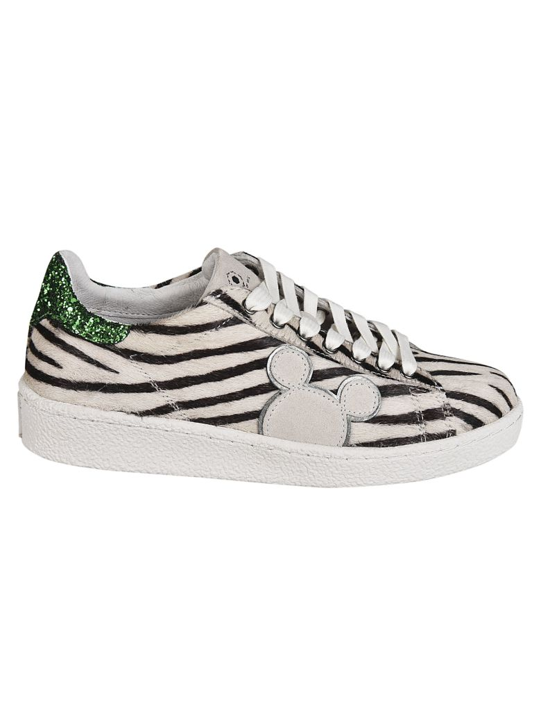 M.O.A. master of arts Master Of Arts Disney Zebra Sneakers - White