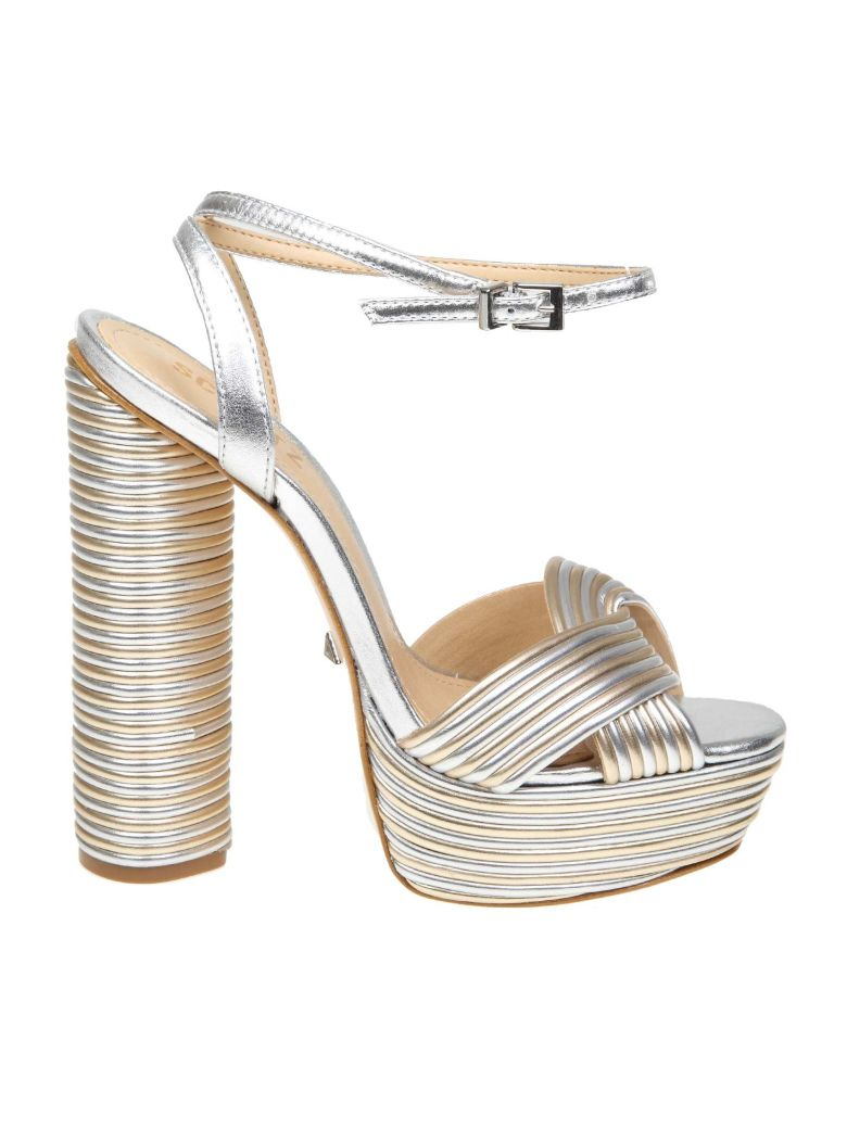 Schutz Leather Sandal In Platinum / Silver Color - Platinum