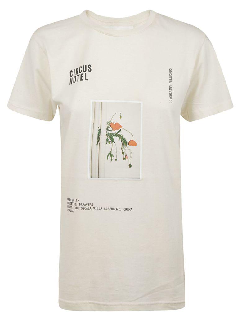 Circus Hotel Graphic Print T-shirt - Beige