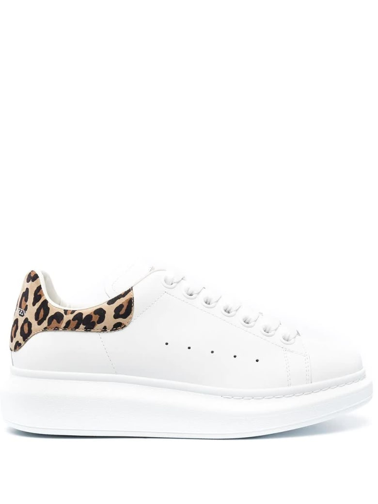 Alexander McQueen Woman White Oversize Sneakers With Leopard Spoiler - White/leopard