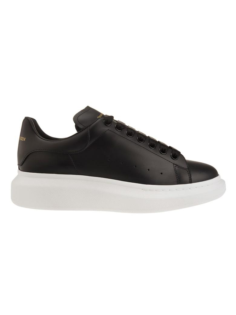 Alexander McQueen Man Black And White Oversize Sneakers - Black/black