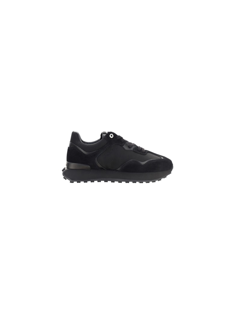 Givenchy Giv Runner Sneakers - Black