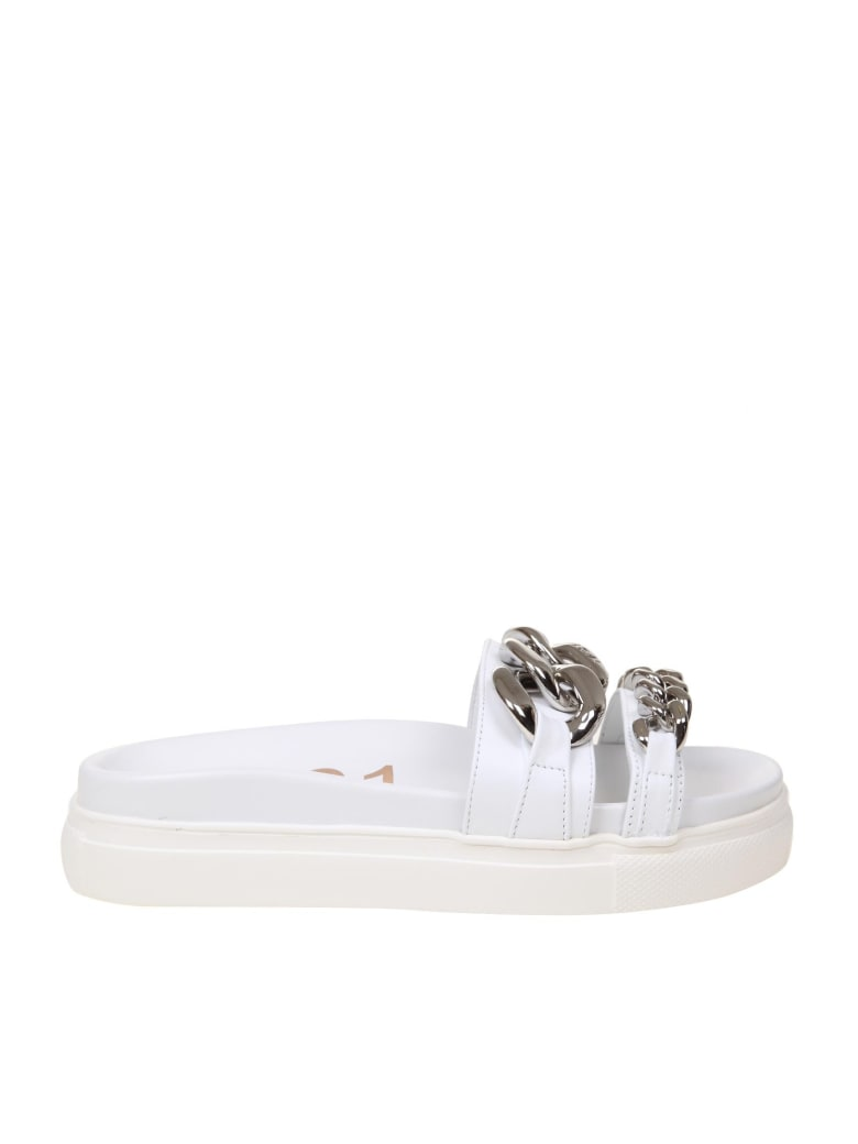 N.21 N ° 21 Leather Slides With Chain - White