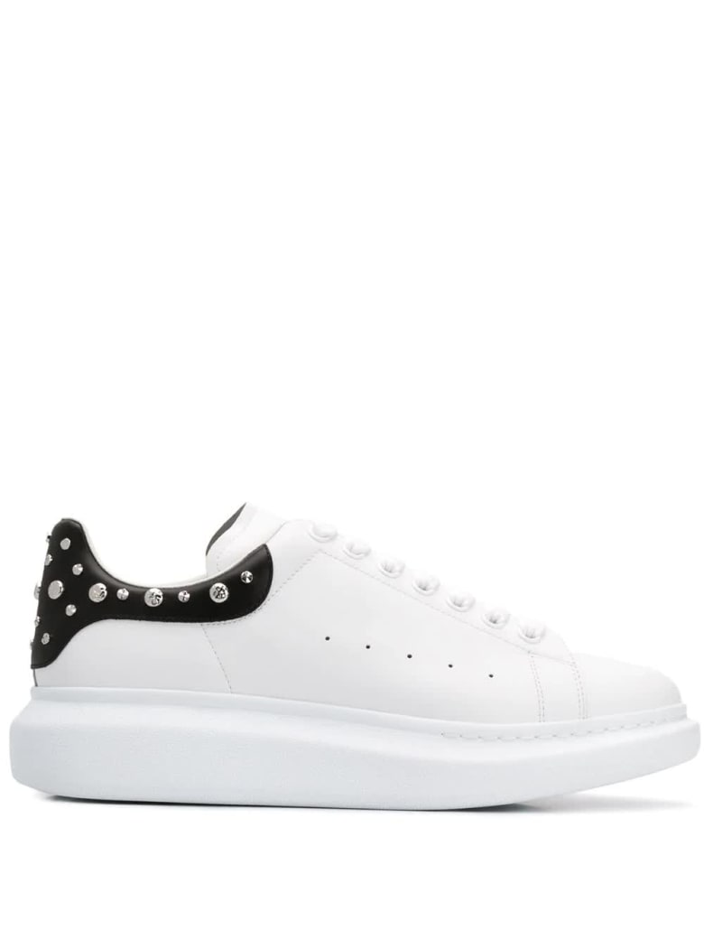 Alexander McQueen Man White Oversize Sneakers With Studs On The Spoiler - White/black