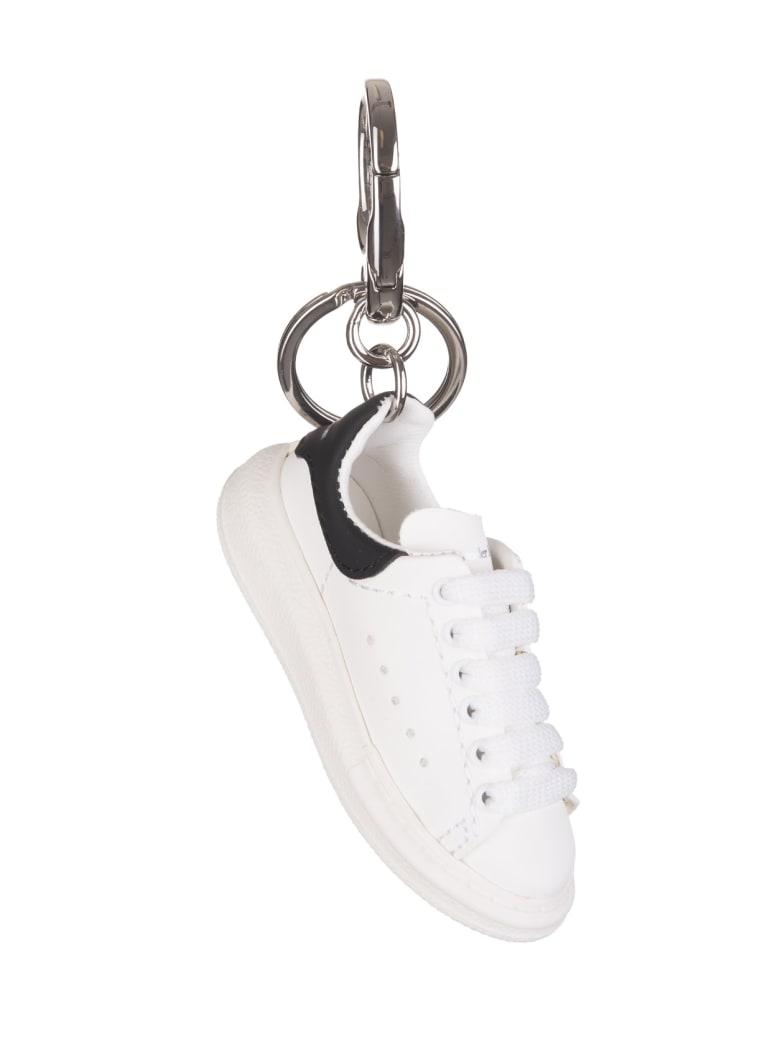 Alexander McQueen Oversize Sneakers Keyring - White/black