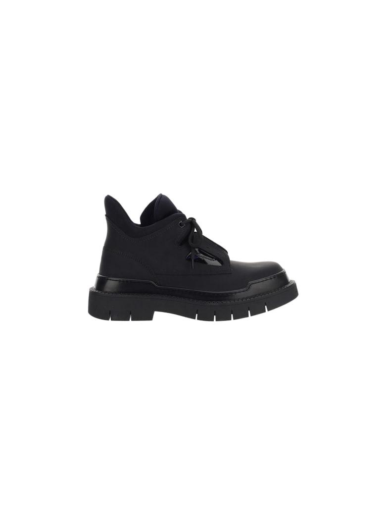 Salvatore Ferragamo Neji Sneakers - Black