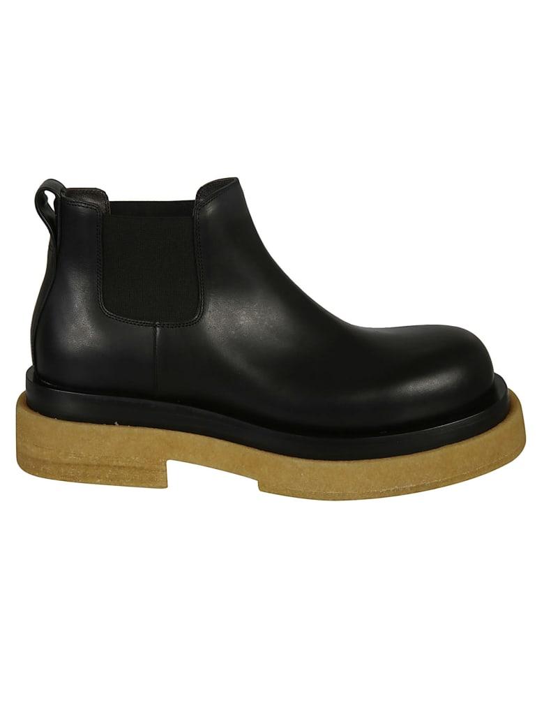 Bottega Veneta Elastic Sided Leather Boots - Black
