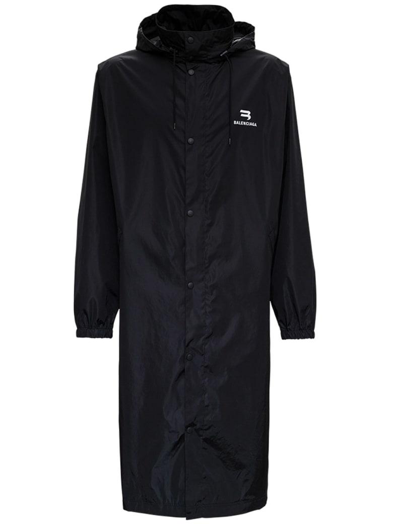 Balenciaga Long Nylon Raincoat With Logo Print - Black