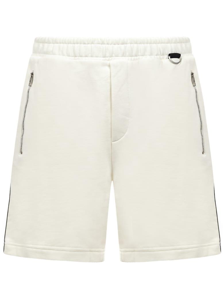 Low Brand Shorts - White