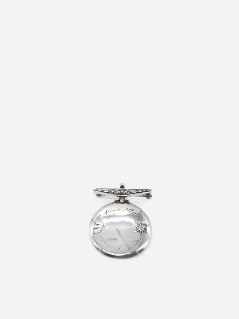 Alexander McQueen Brass Brooch With Logo Engraving - Silver