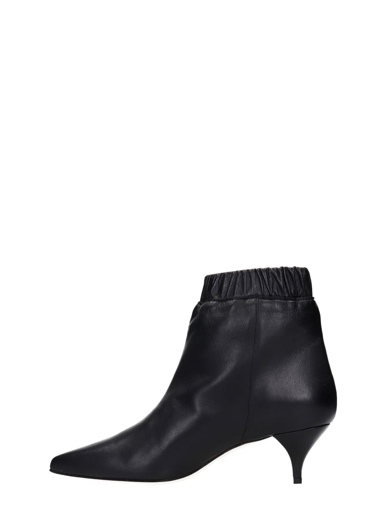 Alchimia Low Heels Ankle Boots In Black Leather - black