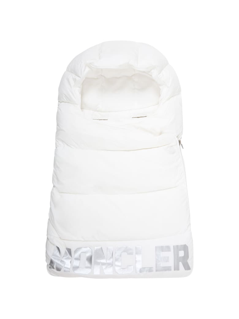 Moncler White Sleeping-bag For Babykids With Silver Logo - White