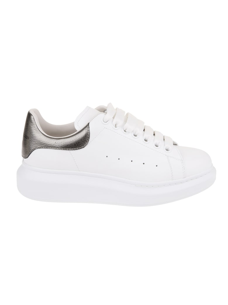 Alexander McQueen Woman White And Metallic Grey Oversize Sneakers - White/blk pearl