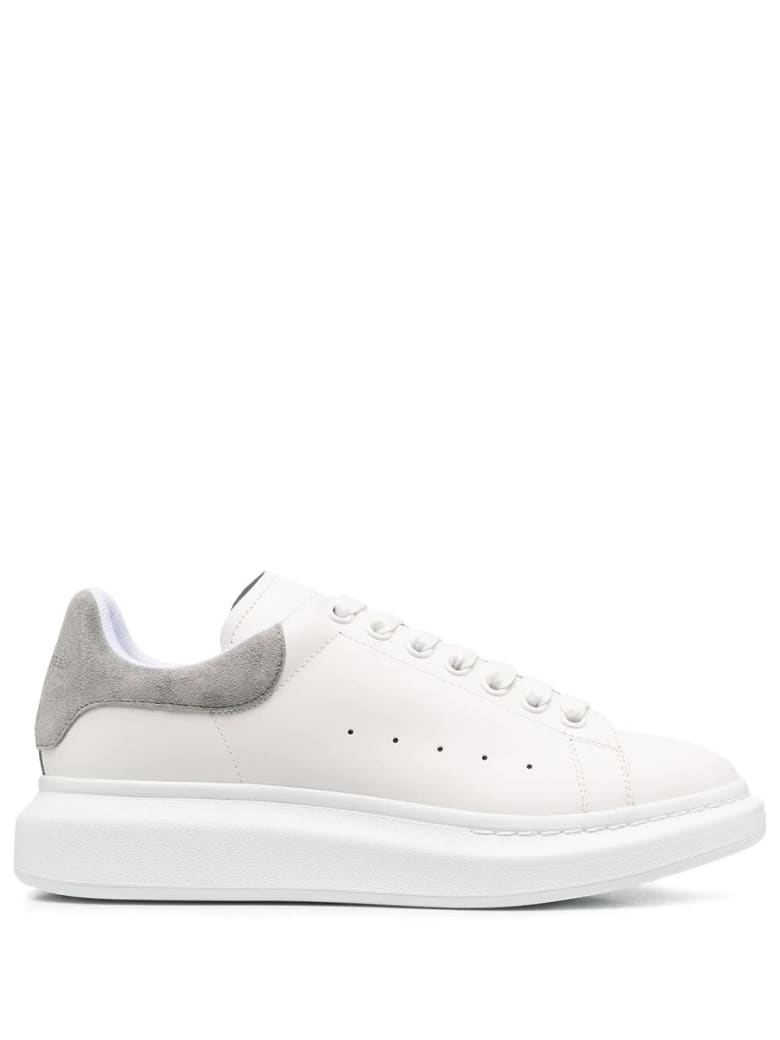 Alexander McQueen Man White Oversize Sneakers With Grey Suede Spoiler - White/battleship grey