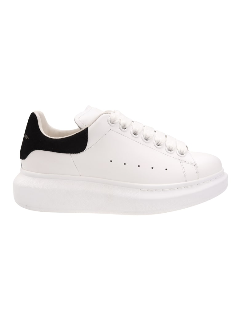 Alexander McQueen White And Black Woman Oversized Sneakers - White/black