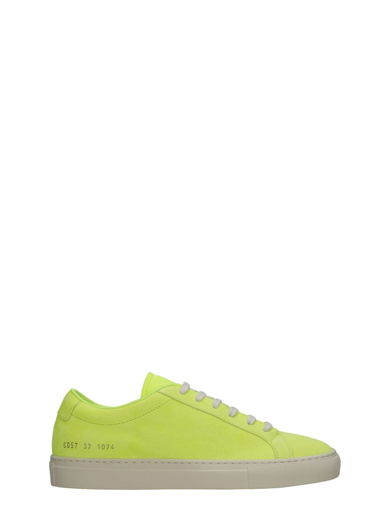 Common Projects Achille Fluo Sneakers In Yellow Suede - yellow