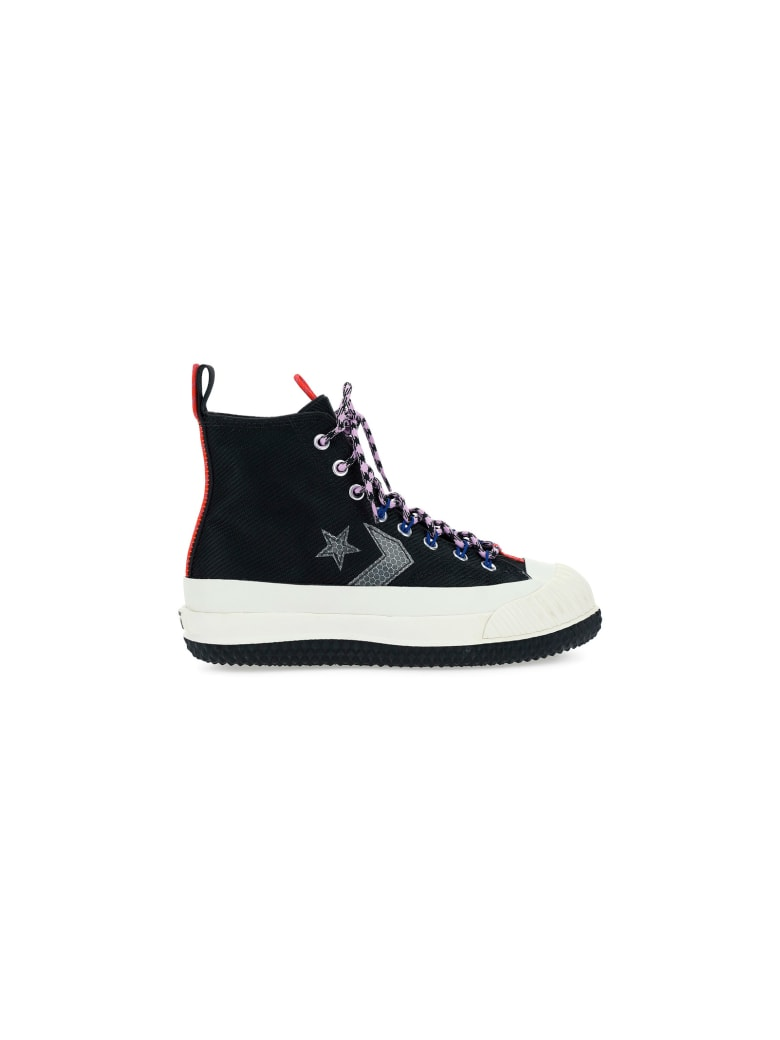 Converse Sneakers - Black