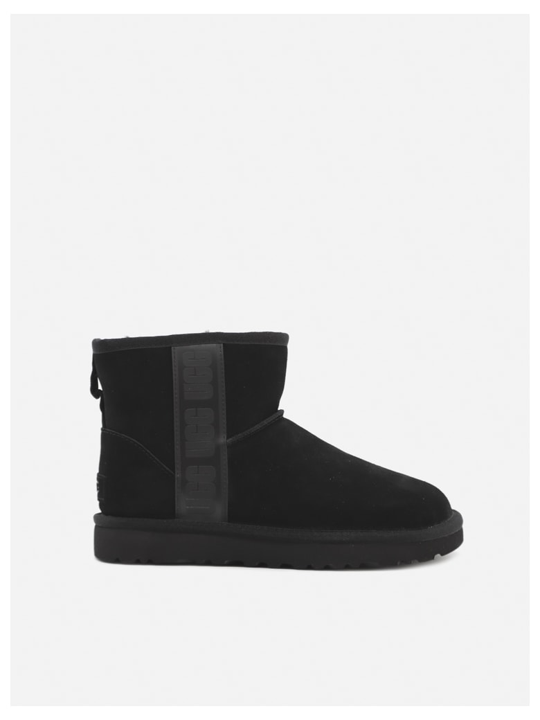 UGG Classic Ankle Boots In Suede With Logo Band - Black