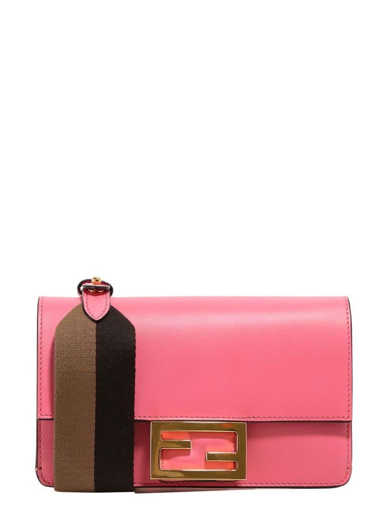 Fendi Flat Baguette Shoulder Bag - Rosa