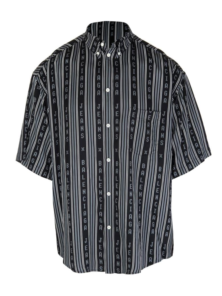 Balenciaga Man Black And Grey Large Fit Short Sleeve Shirt - Black/grey