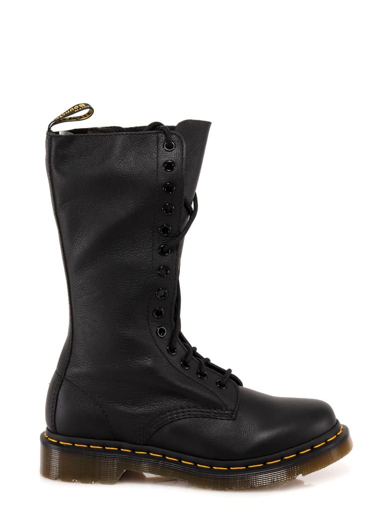 Dr. Martens Boots - Black