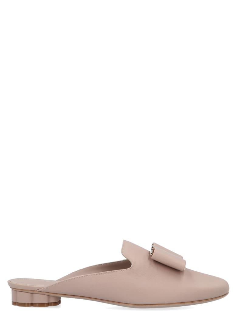 Salvatore Ferragamo 'sciacca' Shoes - Beige