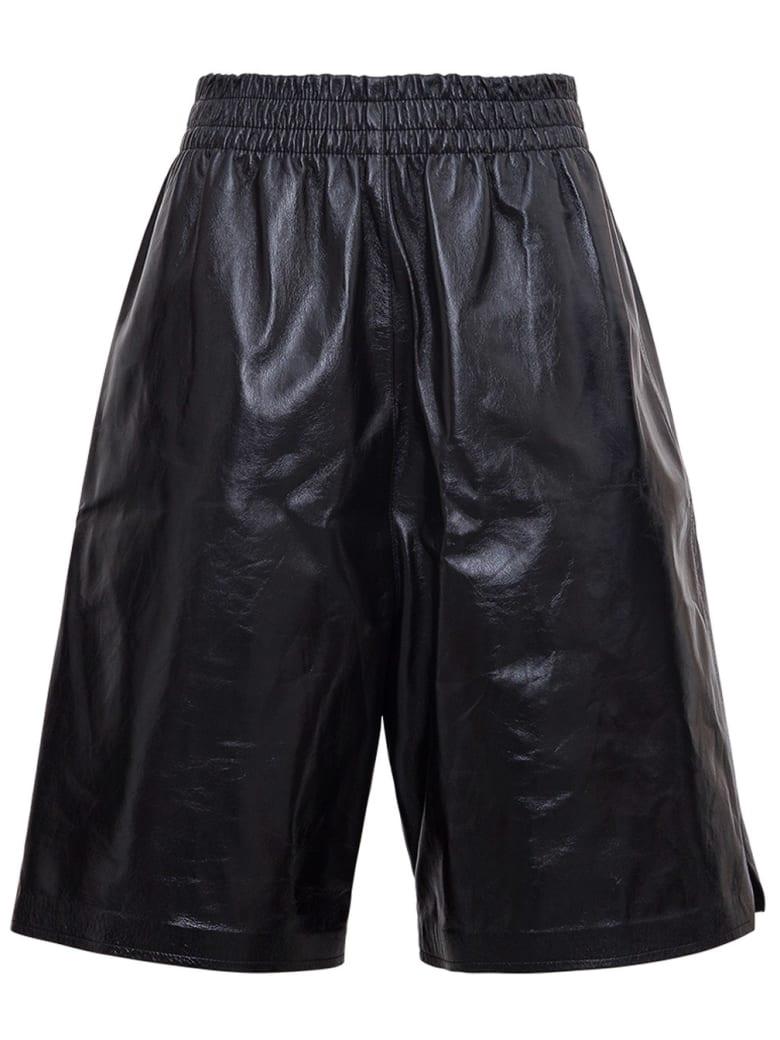 Bottega Veneta High Waisted Bermuda Shorts In Leather - Black