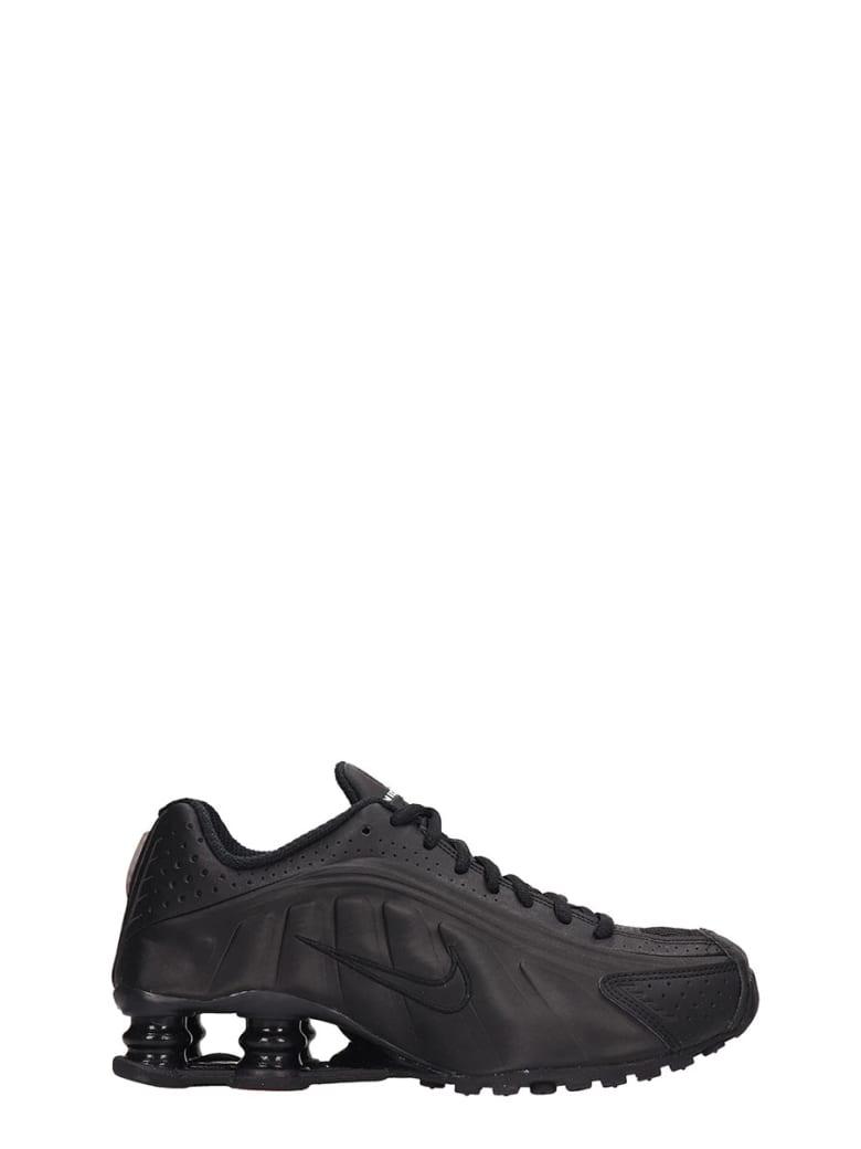 Nike Black Leather Shox R4 Snaekers - black