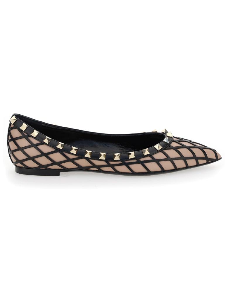 Valentino Garavani Rockstud Panelled Pointed-toe Ballerina Shoes - Rose cannelle/nero