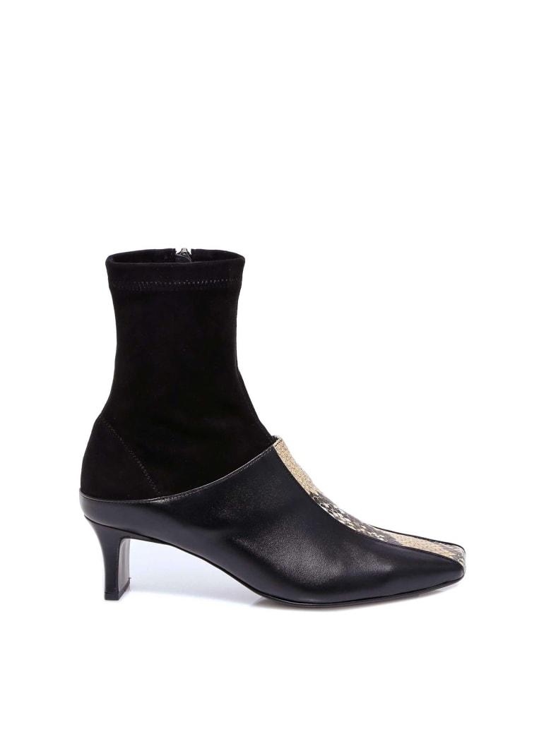 salondeju Square Crack Socks Boots - Black