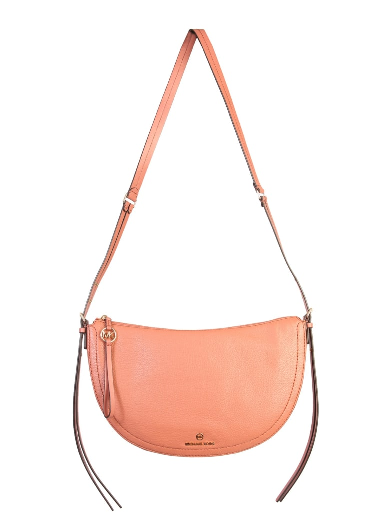 Best price on the market at italist   MICHAEL Michael Kors MICHAEL Michael Kors Medium Camden Shoulder Bag