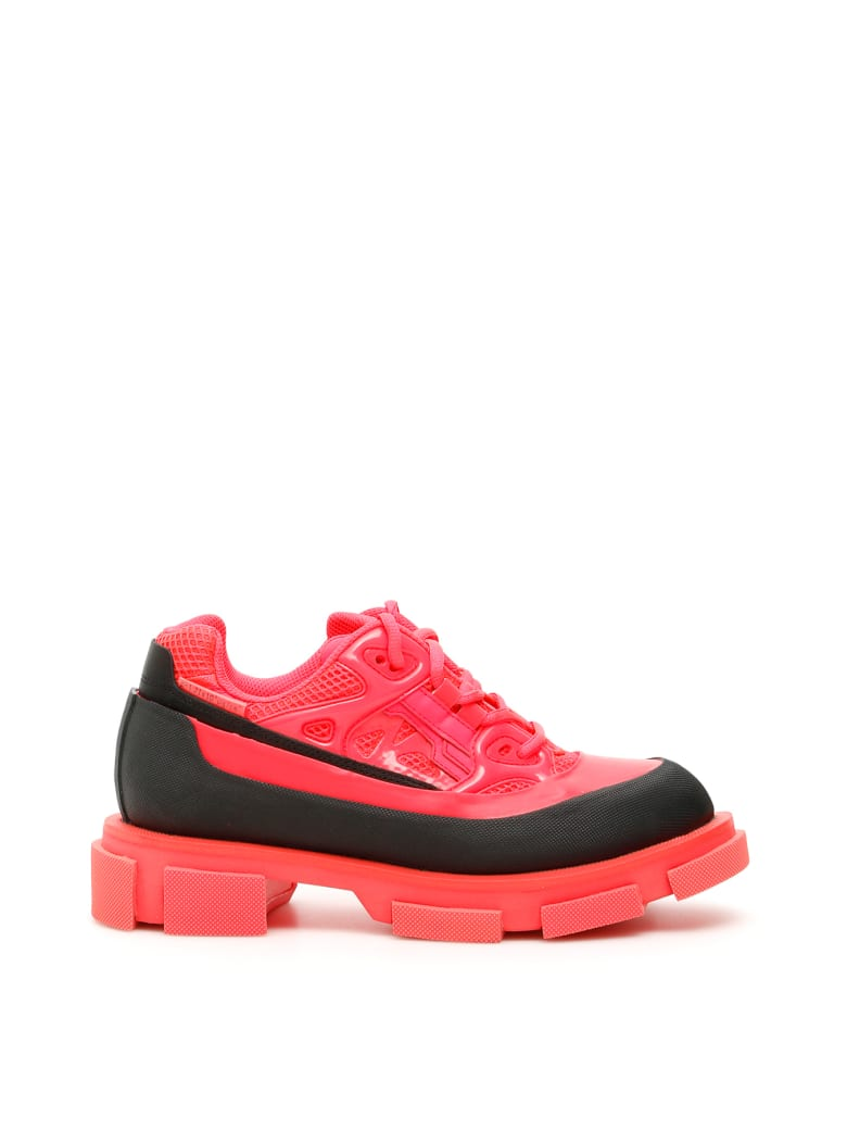 Both Gao Runner Sneakers - NEON PINK BLACK (Fuchsia)