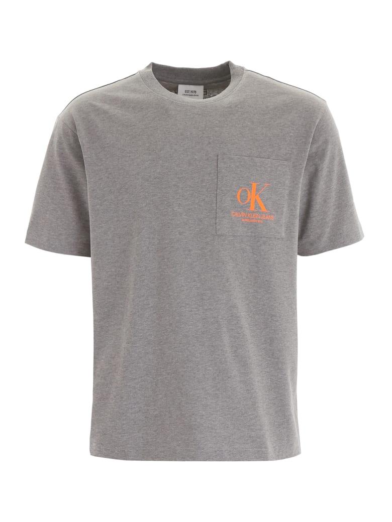 Calvin Klein T-shirt With Chest Pocket - MID GREY HEATHER (Grey)