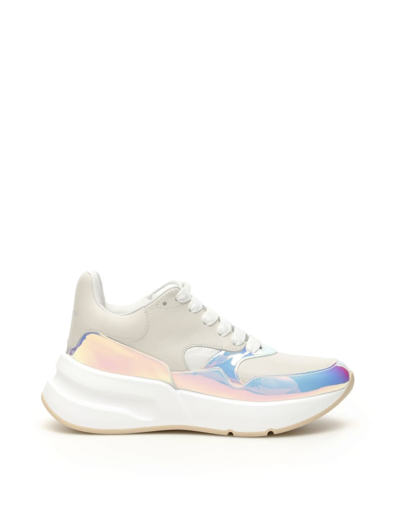 Alexander McQueen Oversized Runner Sneakers - OP WHI WHI WHI LU RE (White)