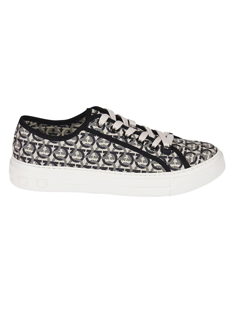 Salvatore Ferragamo Salvatore Ferragamo Gancini Sneakers - Black/White