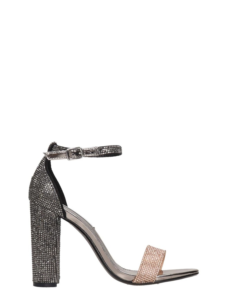 Steve Madden Carrson Sandals In Silver Leather - silver