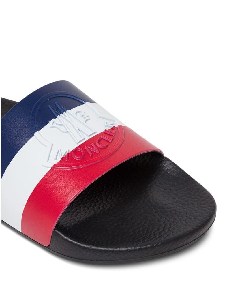 Moncler Rubber Slide Sandals With Logo - Blu