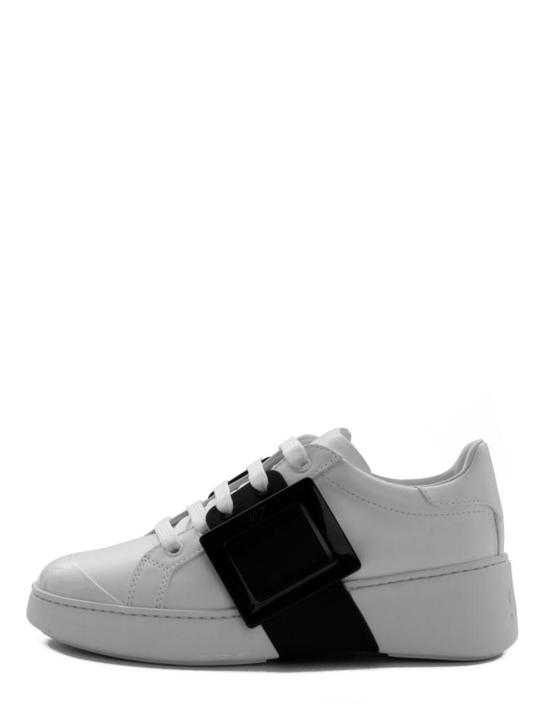 Roger Vivier Viv' Skate Lacquered Buckle - White