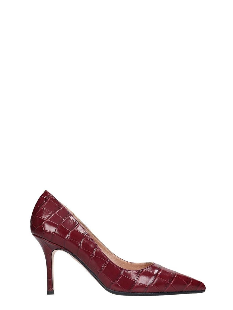 The Seller Pumps In Bordeaux Leather - bordeaux