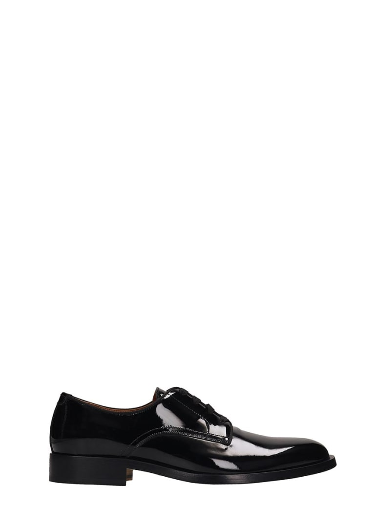 Givenchy Rider Derby Lace Up Shoes In Black Patent Leather - black