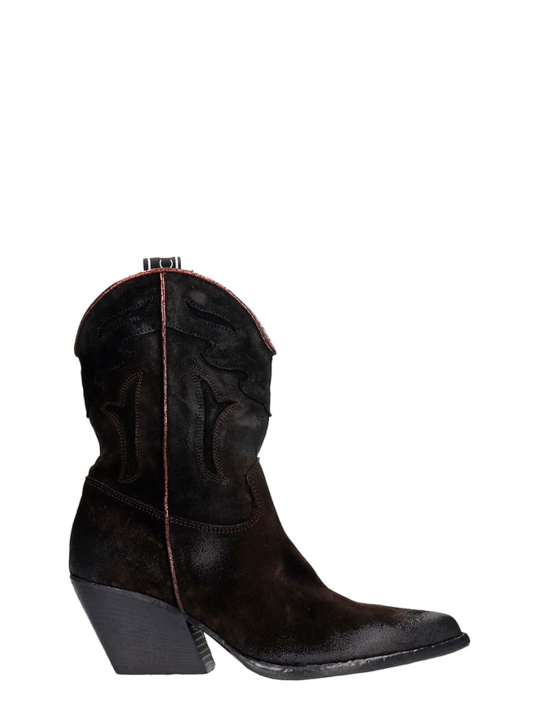 Elena Iachi Texan Ankle Boots In Black Suede - black