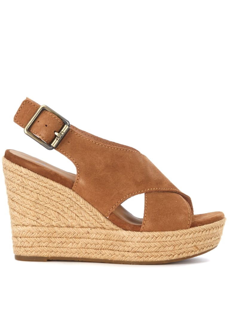 UGG Harlow Brown Suede Wedge Sandal - MARRONE