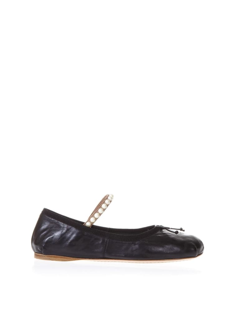Miu Miu Lambskin Ballet Laces Shoes With Pearls - Black