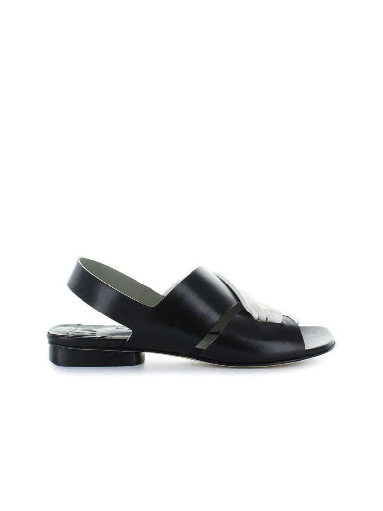 IXOS Black/white Leather Flat Sandal - Bianco / Nero (Black)