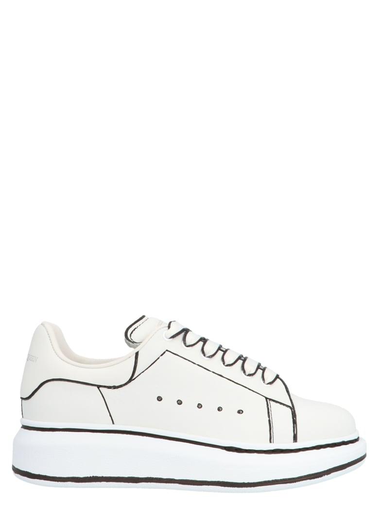 Alexander McQueen 'oversize Sole' Shoes - Bianco/nero